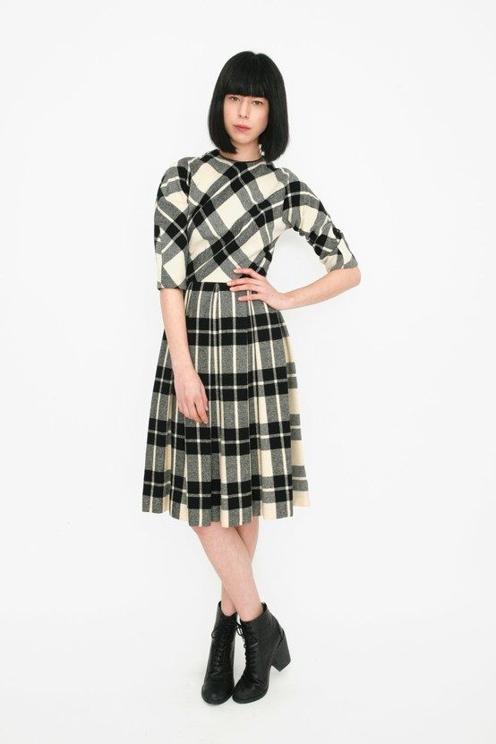 http://www.llbean.com/llb/shop/71152?feat=786-GN1&page=cotton-silk-flannel-bias-dress&attrValue_0=Ink%20Black&productId=1187101