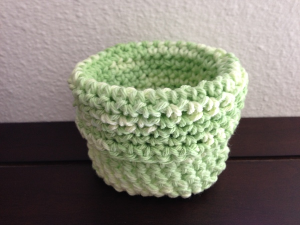 crochet basket (Pattern on Raverly)